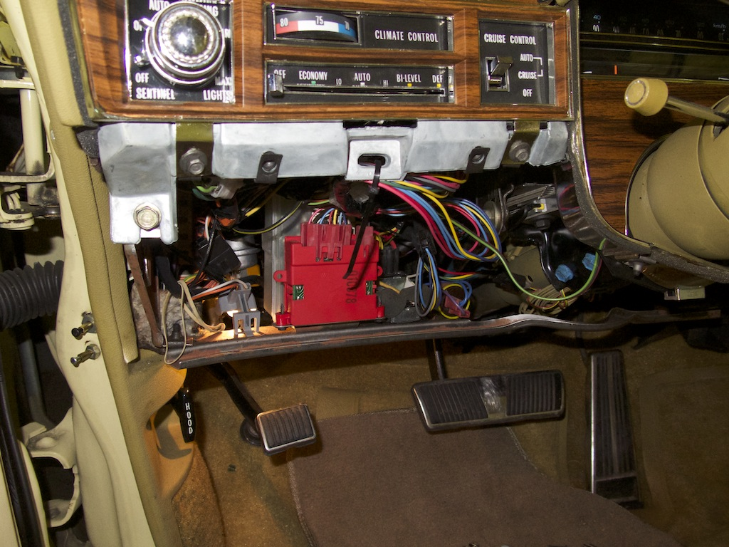 Power Steering Gear besides Cadillac Eldorado Brougham Wiring Diagram as well Ac Programmer Diagramcolor Bg Img Color further Chrysler Newport Electrical Wiring Diagram as well Mwirecadi Wd. on 1958 cadillac eldorado wiring diagram