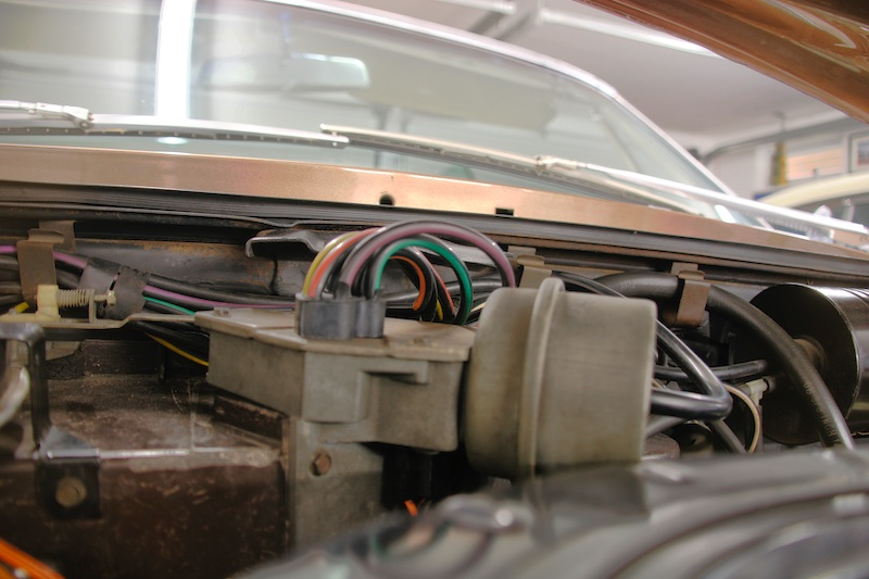 Cadillac Eldorado Brougham Wiring Diagram in addition Cadillac Eldorado Automatic Circuit Diagram moreover F Aa De Cc E F F E C A further Corvette Fuse Panel moreover Markiii Sm Dscf. on 1958 cadillac eldorado wiring diagram